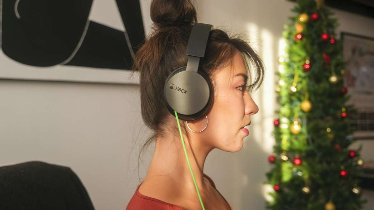 Xbox Stereo Headset - Lifestyle